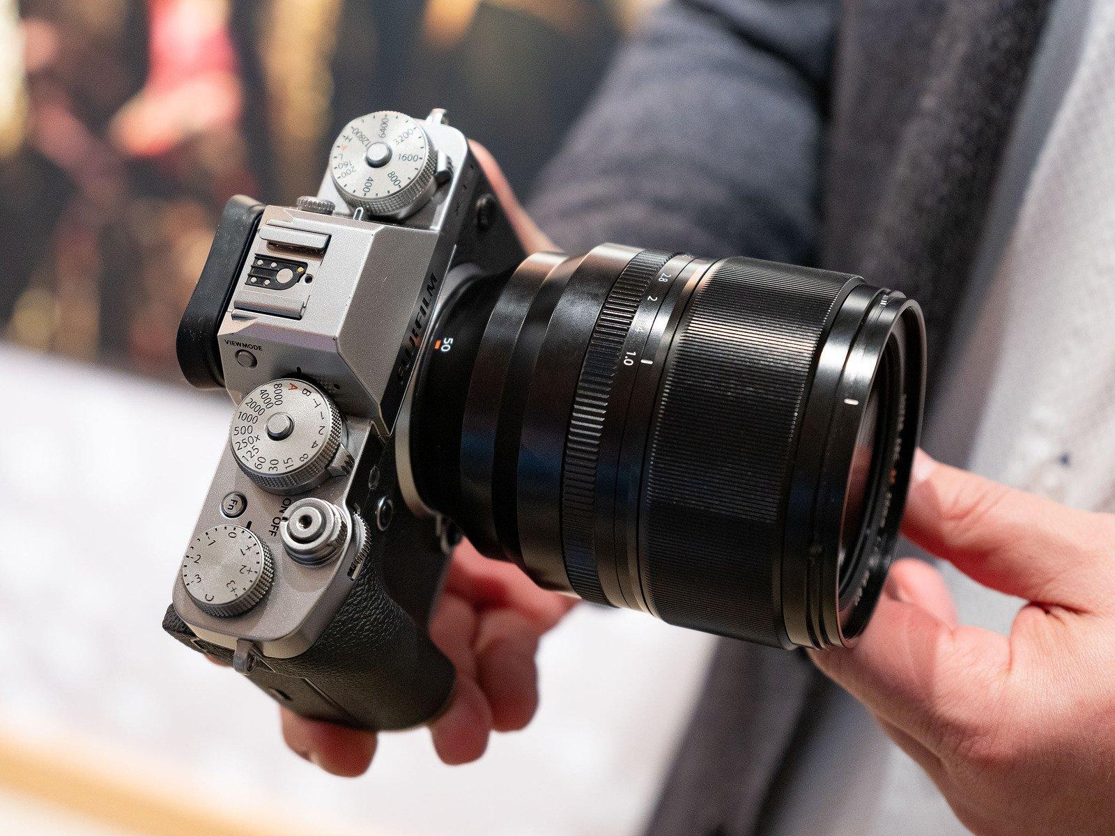 Fujifilm XF 50mm f/1.0 rumors