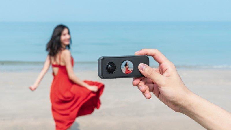 Insta360 ONE X2: ecco la nuova fotocamera tascabile stabilizzata che registra in 5.7K!