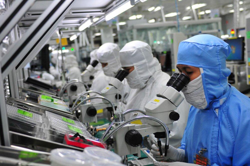 Nikon potrebbe chiudere due fabbriche