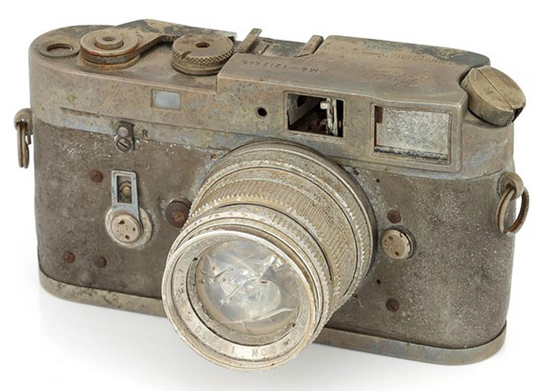 Leica M4 danneggiata 2.000 dollari