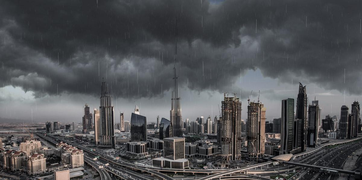 Pioggia artificiale con droni a Dubai